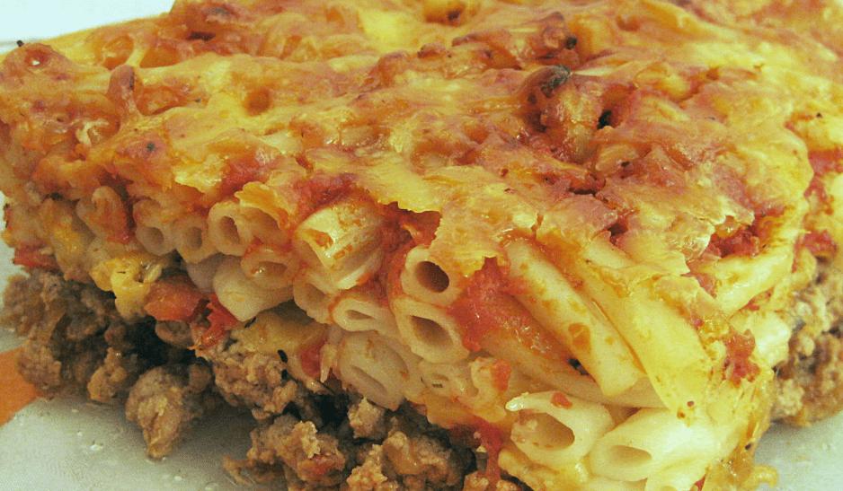 Запеканка с сосисками и макаронами в духовке