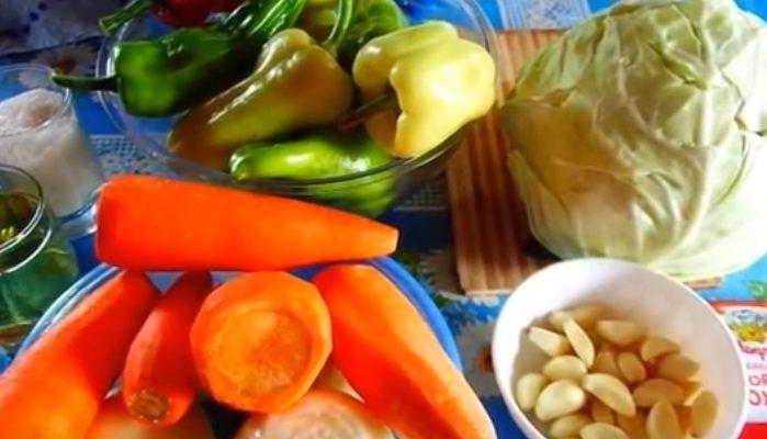 Быстрая капуста с приправой для корейской моркови