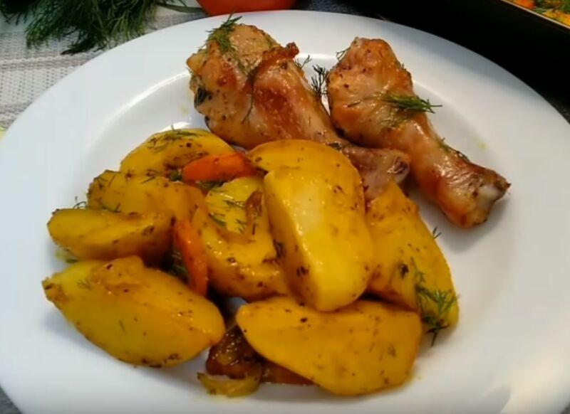 Курица с картошкой в духовке — 8 самых вкусных рецептов запекания