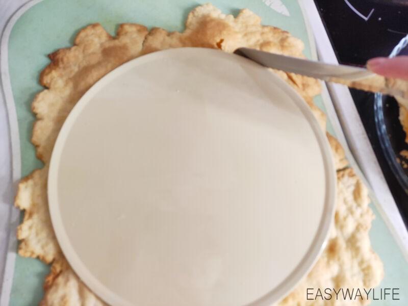Сборка домашнего торта Наполеон из слоёного теста рис 1