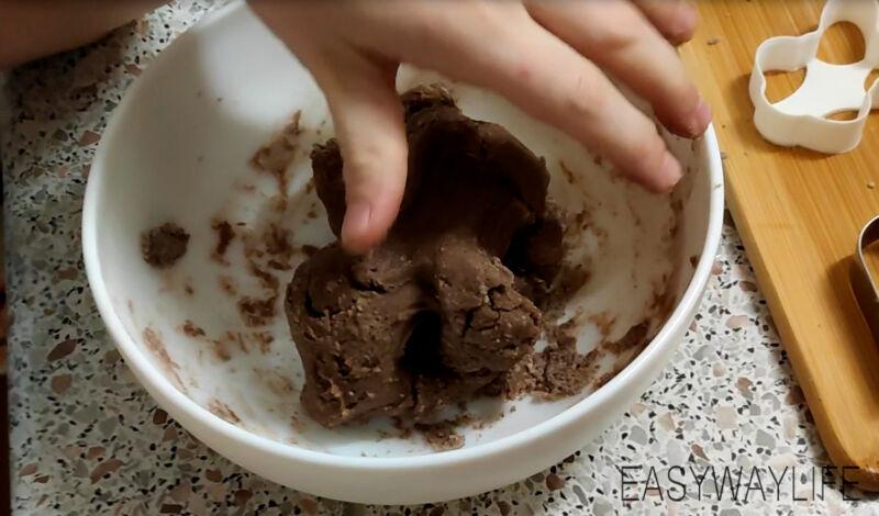 Вымешивание теста для печенья рис 2