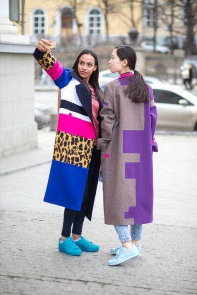 Сочетание разных фактур и тканей в женском пальто рис 4