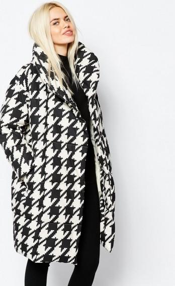 Стёганое демисезонное женское пальто рис 2