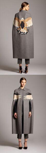 Аппликация на женском демисезонном пальто рис 1