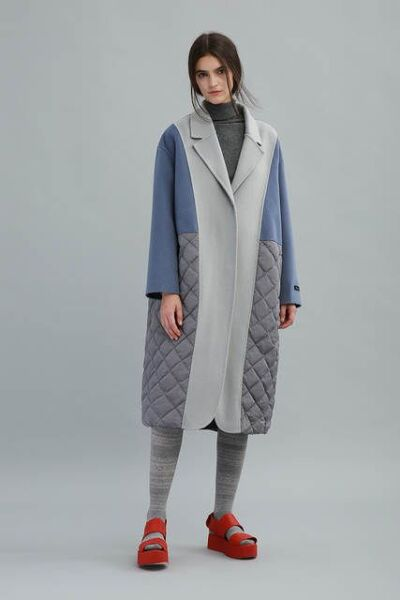 Сочетание разных фактур и тканей в женском пальто рис 6