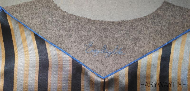 Эскиз и вышивка надписи на обтачке горловины пальто рис 4