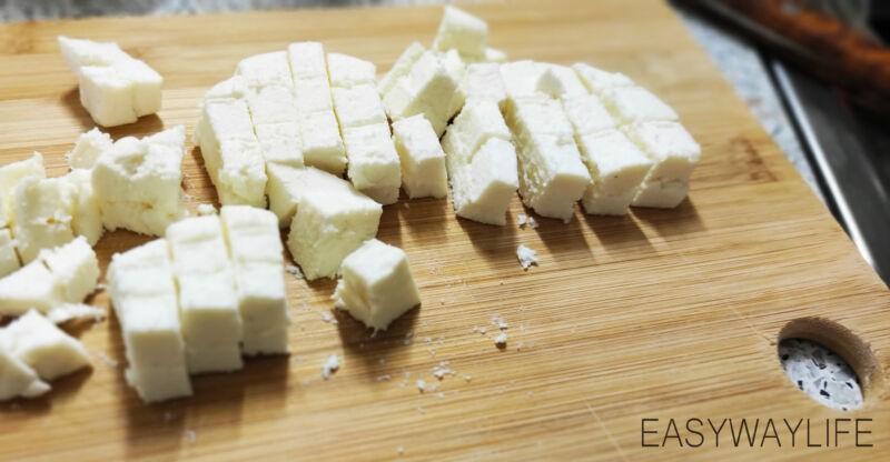 Подготовка продуктов и соуса для салата с форелью рис 1