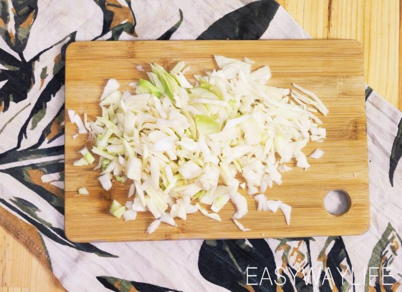 Подготовка овощей и риса для ленивых голубцов рис 1