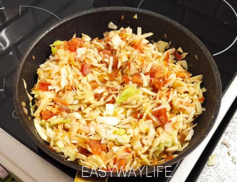Подготовка овощей и риса для ленивых голубцов рис 5