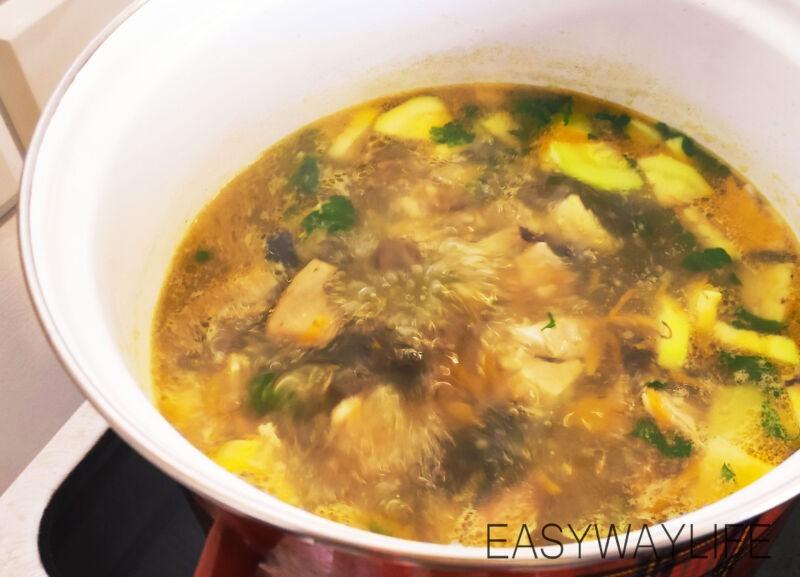 Подготовка грибов и кабачка для супа рис 3