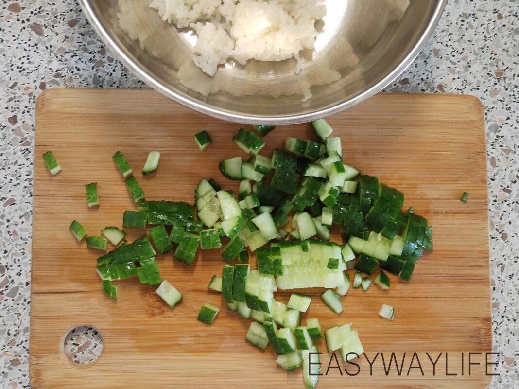 Подготовка продуктов для салата рис 1