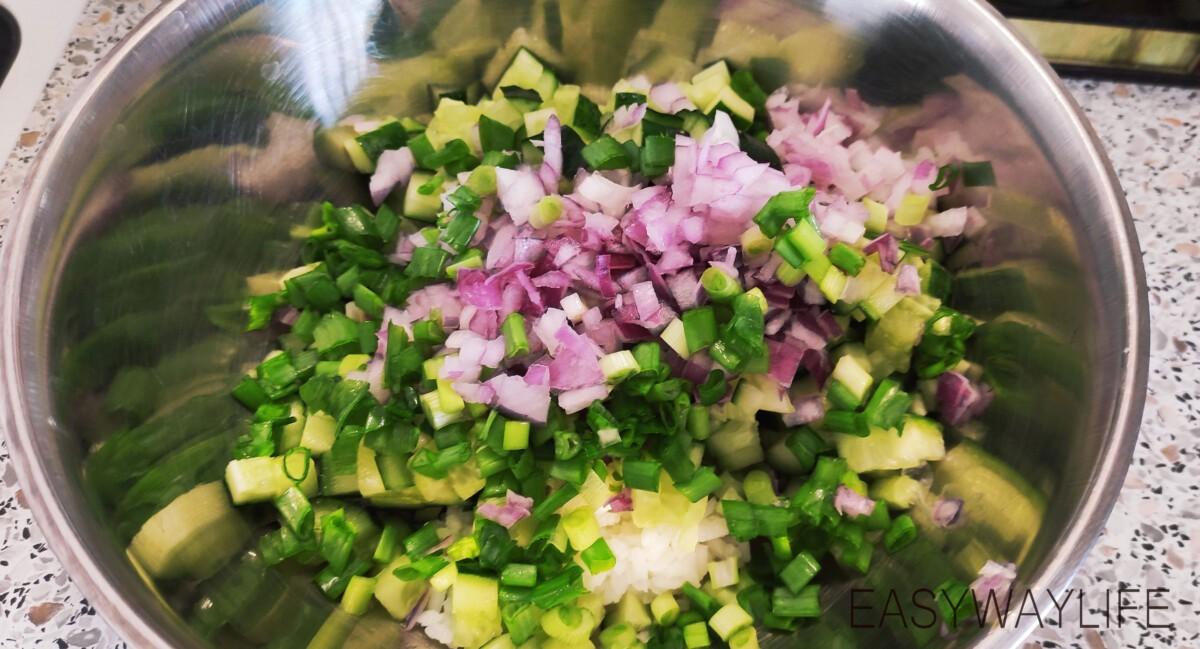Подготовка продуктов для салата рис 2