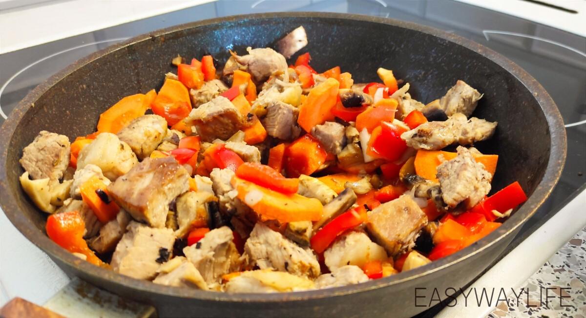 Подготовка продуктов для свинины с овощами рис 3
