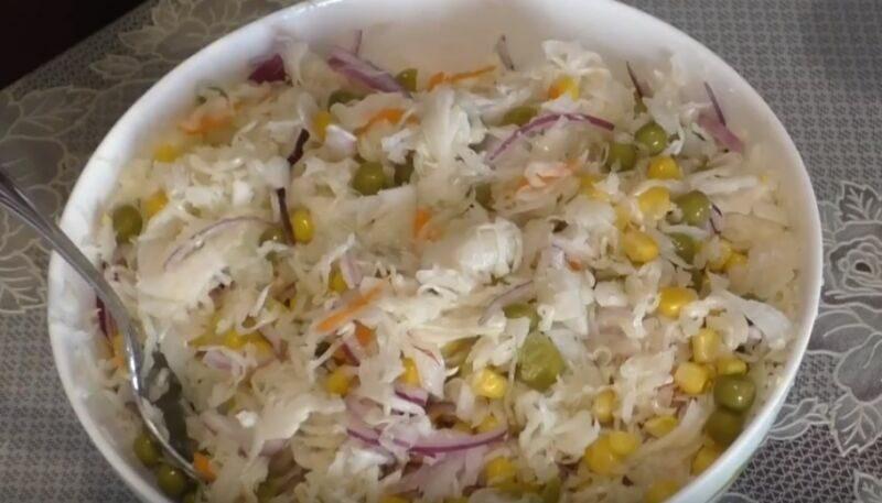 Картофельный салат с квашеной капустой - пошаговый рецепт с фото на Повар.ру